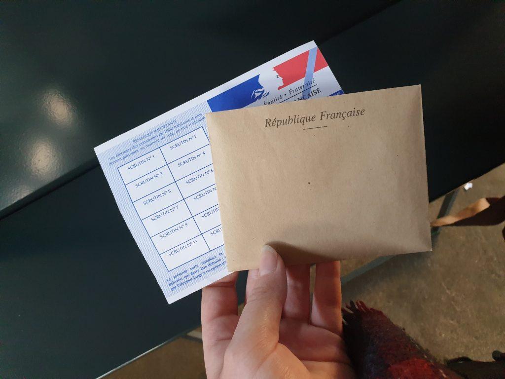 Wahlzettel für die französische Kommunalwahl